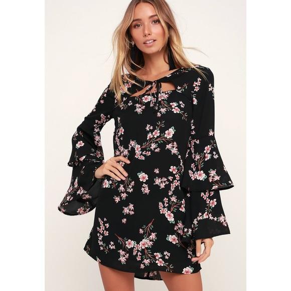 JACK BY BB DAKOTA | Black Floral Bell Sleeve Dress